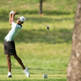Defending Champion Akshay Bhatia's 65 Catapults Him to Share 3rd Round Lead
